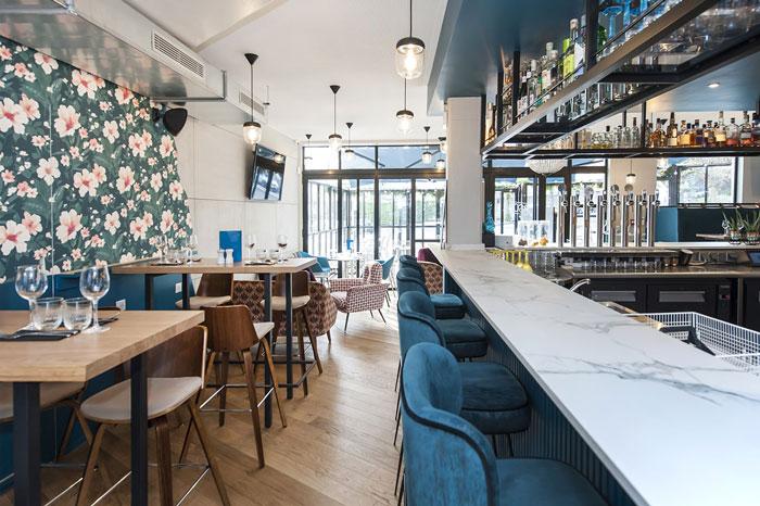 oscar bar restaurant chatillon